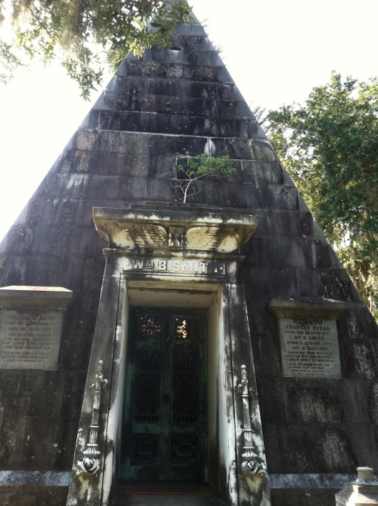 Here's a front view of the tomb.