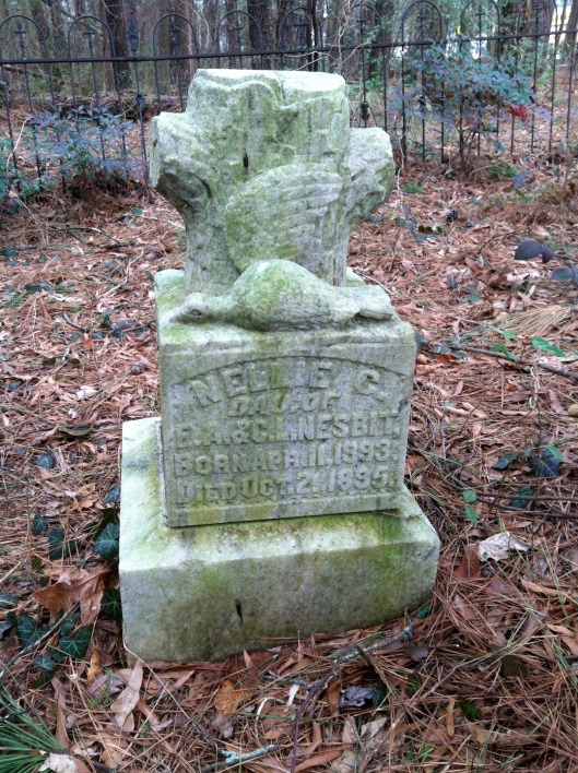 Little Nellie Nesbit only lived for two years but her tombstone still speaks today.