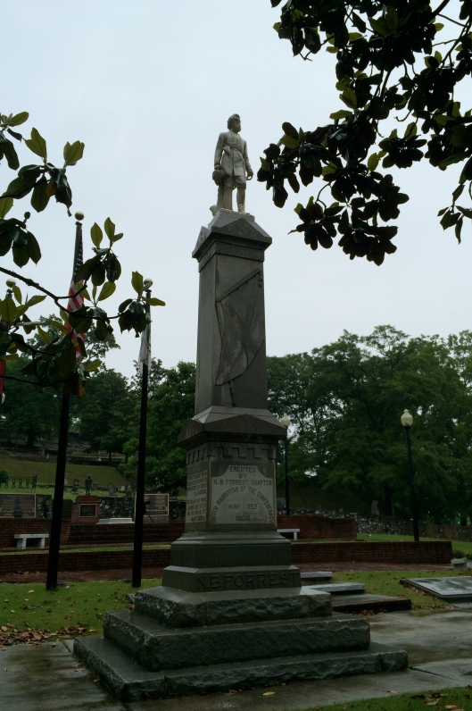 I've read that this monument of Confederate General Nathan Bedford Forrest (erected by the United Daughters of the Confederacy in 1903) proved to be a distraction to drivers when it was in downtown Rome so they moved it to Myrtle Hill.