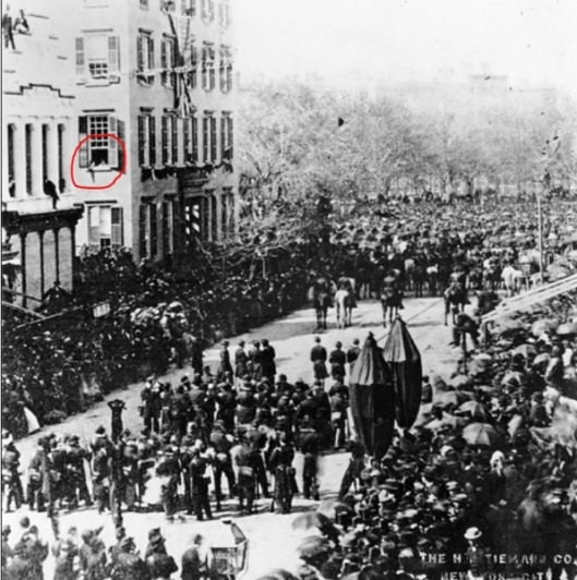 The red circle indicates where young Theodore Roosevelt, the future 26th President, observed Lincoln's funeral procession to the Hudson River Depot.