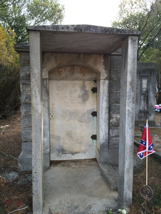 The door on Capt. Born's crypt reads: He Was A Veteran Of The Confederacy, And Was With Lee's Army When He Surrendered At Appomattox C.H. April 9, 1865.