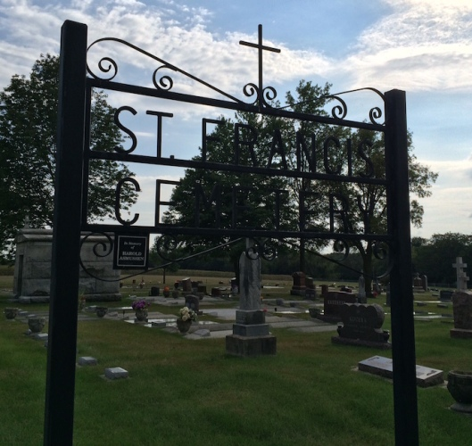 St. Francis Cemetery feels like it's part of Sunrise Cemetery because they blend together.