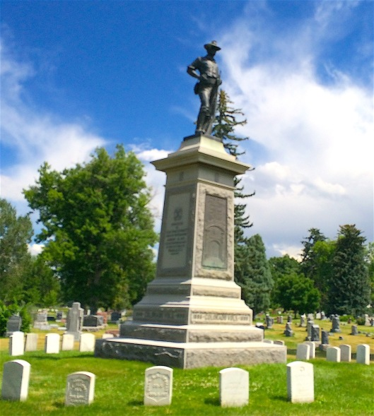 The base of the Spanish American War Memorial's statue was dedicated in 1911 and the top in 1917.