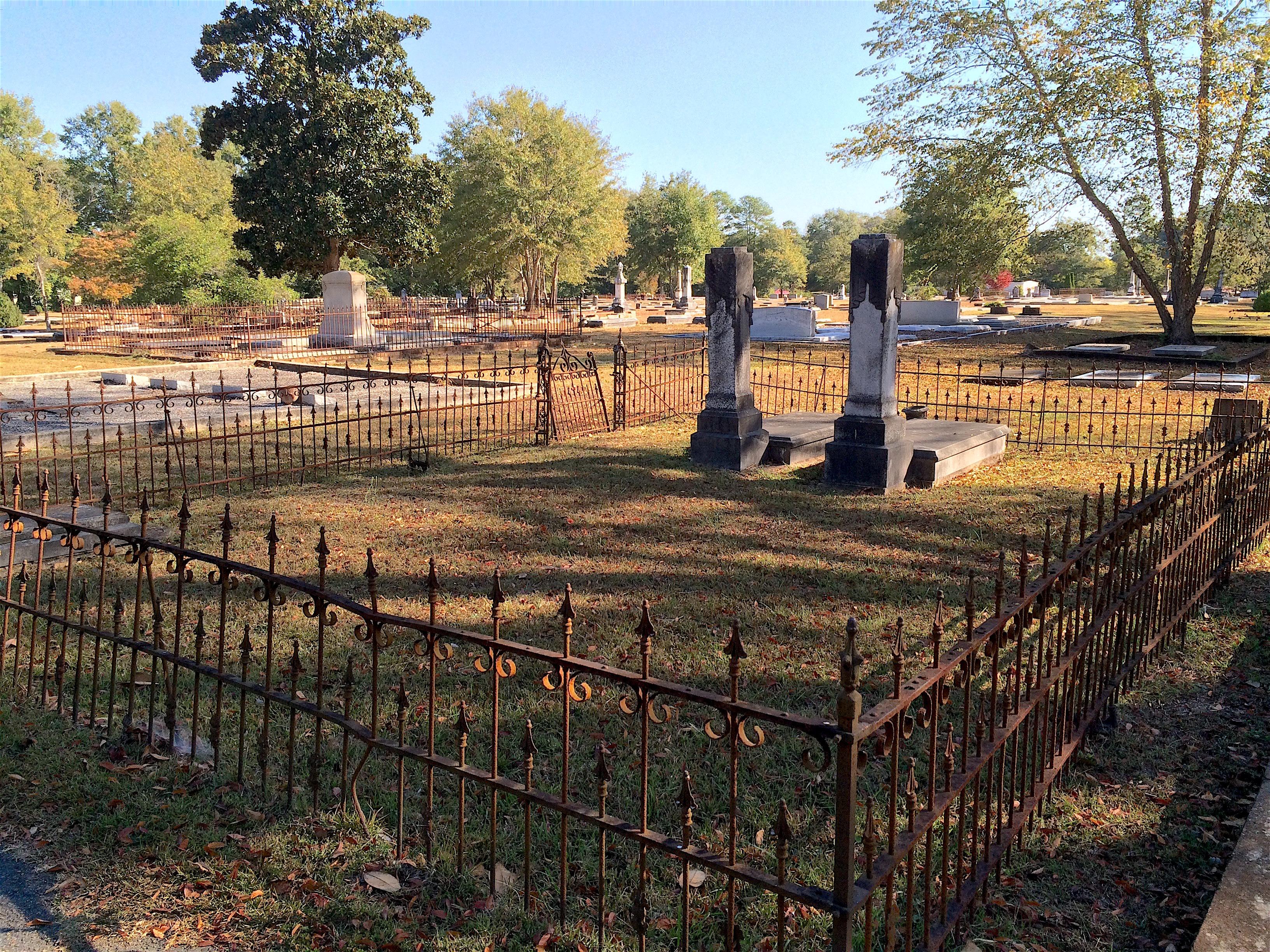 Getaway to Callaway: Visiting Pine Mountain, Ga.\'s Chipley Cemetery ...